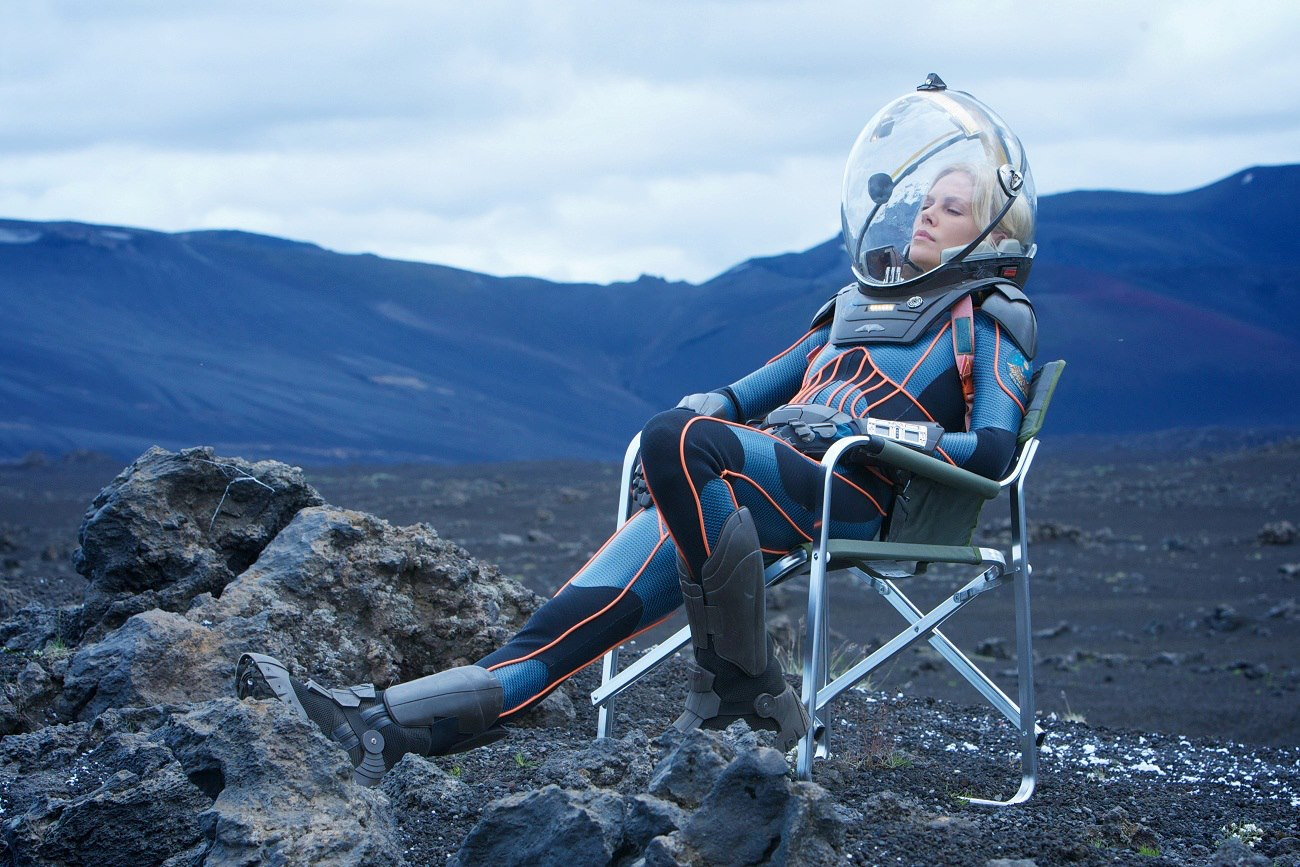 vickers_relaxing_on_prometheus_set